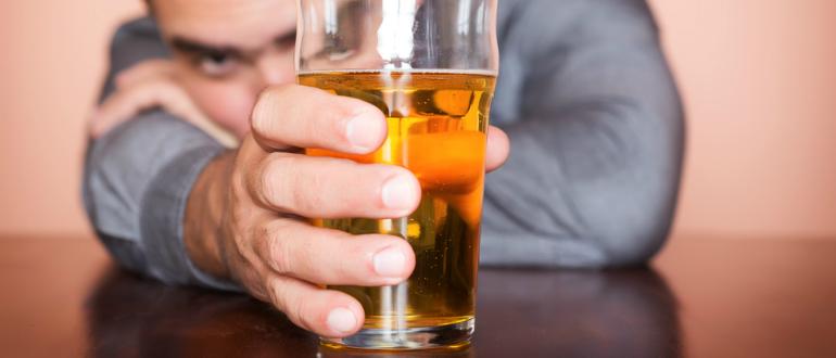 Как зверобой влияет на алкоголизм